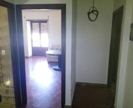 RIF: A83 Appartamento indipendente su due livelli - centro storico Sonnino -