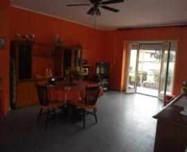 RIF: A89 Appartamento  Via Calabria a 20 mt dal mare e vicino al centro