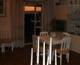 Appartamento con 3 balconi vista mare