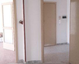 RIF: A110 Appartamento Via Bachelet con garage e cantina