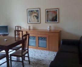 Appartamento al piano rialzato, vicinanze mare