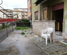 RIF: B10  Con corte esterna privata e posto auto, Via Badino, 5 posti letto